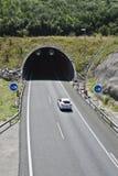 在高速公路的隧道 免版税图库摄影