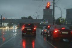 在高速公路的雨 免版税库存图片