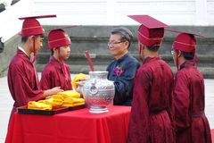 在高雄孔子寺庙的孔子仪式 库存图片