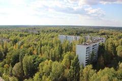 在鬼城Pripyat 3, Chornobyl区域的看法 免版税图库摄影