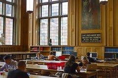 在鲁汶大学的图书馆里面,比利时3 免版税库存照片