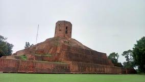 在鹿野苑的Chaukhandi Stupa视图在瓦腊纳西 库存照片