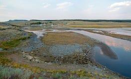 在麋安特小河和黄石河的日落海登谷的在黄石国家公园在怀俄明 免版税库存照片