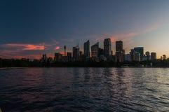 在黄昏的悉尼地平线 库存图片