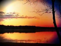 在黄昏的湖overcup 免版税库存图片