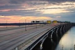 在黄昏的Woodrow Wilson桥梁 库存照片
