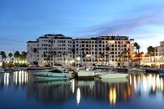 在黄昏,西班牙的La Duquesa 免版税库存图片
