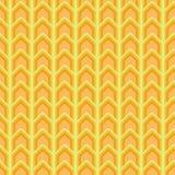 在黄色和橘黄色的无缝的传染媒介V形臂章样式 皇族释放例证