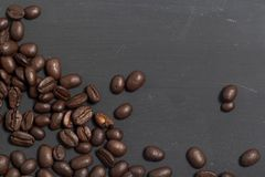 在黑人委员会的咖啡豆 库存图片