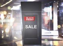 在黑星期五公告的销售在广告牌广告 免版税库存图片