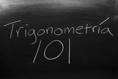 在黑板的TrigonometrÃa 101 免版税库存照片