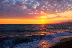在黑海上的美好的日落 免版税库存照片