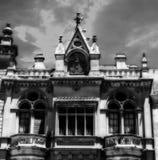 在黑白的哥特式建筑 库存照片