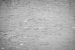 在黑白的被风化的胶合板 免版税库存照片