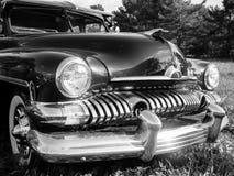 在黑白的20世纪50年代经典汽车 免版税图库摄影