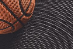 在黑背景拷贝空间的老篮球球 免版税库存图片