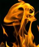 在黑色关闭的火抽象背景 库存图片