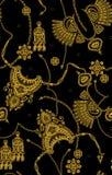 在黑色的无缝的金黄样式 皇族释放例证