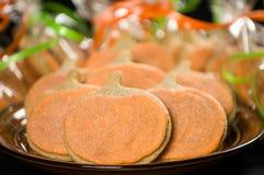 在黑色的自创南瓜曲奇饼 免版税库存图片