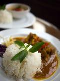 在黑色背景的泰国食物 库存图片