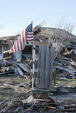 在龙卷风以后的广泛的破坏 免版税库存图片