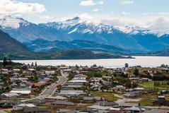 在登上铁的新西兰风景山风景 免版税库存图片