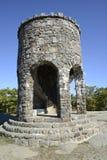 在登上Battie的观测塔在坎登缅因 免版税库存照片