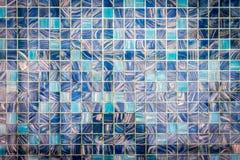 在水下的五颜六色的马赛克 免版税库存图片