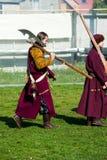在18世纪俄国军队制服的Reenactors 库存照片