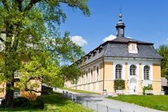 在18世纪在古典样式Kozel的狩猎城堡修造的, Pilsen地区,西部波希米亚,捷克共和国 免版税库存照片