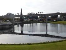 在水之下的桥梁 图库摄影