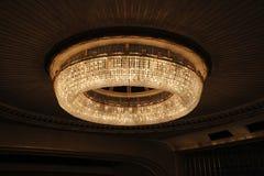 在维也纳国家歌剧院的Сhandelier 免版税库存图片