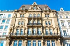 在维也纳,奥地利中间的一个古老大厦 库存图片