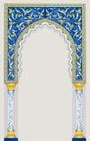 在经典蓝色颜色的伊斯兰教的曲拱设计 免版税库存照片