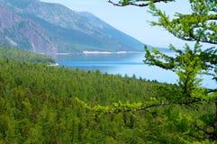 在贝加尔湖的山 库存图片