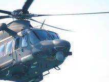 在直升机的杂技 Tirrenia,比萨,意大利, 9月11日, 库存图片