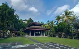 在巴厘岛海岛上的古庙  免版税库存图片