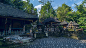 在巴厘岛海岛上的古庙  图库摄影