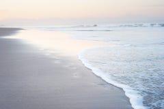 在巴厘岛海滩的脚步 库存照片