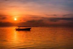 在巴厘岛,印度尼西亚的萨努尔海滩 免版税库存照片