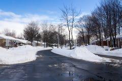 在以后的街道降雪 免版税库存照片