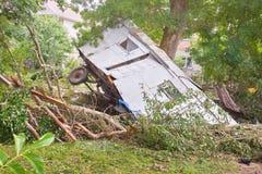在洪水以后的活动房屋 库存照片