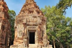 在吴哥复合体,柬埔寨的Preah Ko寺庙 库存照片
