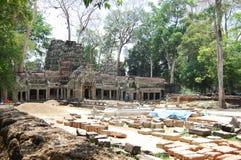 在吴哥的Ta Prohm寺庙在暹粒柬埔寨 免版税库存图片