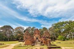 在吴哥窟复杂的古老佛教高棉寺庙 免版税库存图片