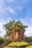 在吴哥窟复杂的古老佛教高棉寺庙 图库摄影