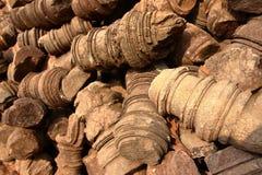 在吴哥站点,柬埔寨的专栏废墟 库存图片