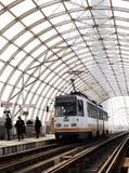 在驻地的电车在Basarab天桥,布加勒斯特,罗马尼亚 免版税库存图片
