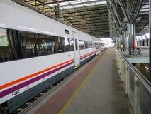 在驻地的西班牙人火车 库存图片
