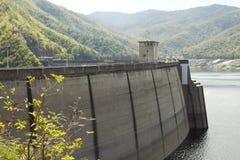 在水坝的发电站在泰国 免版税图库摄影